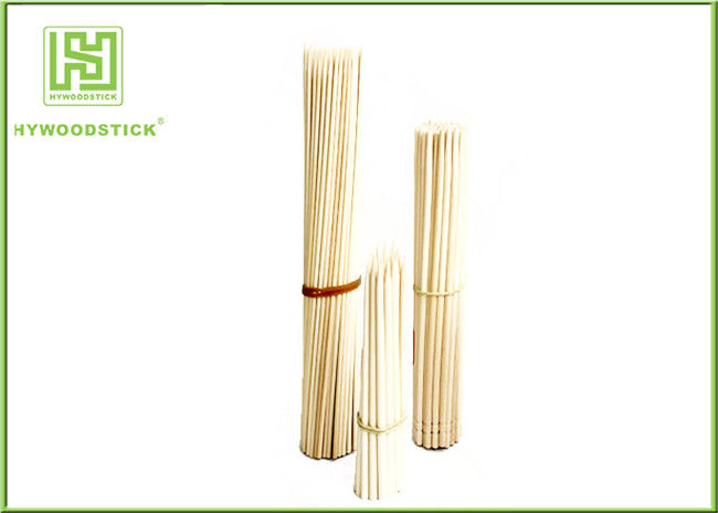 Multi - Function Wooden Kabob Skewers , Dried Round Party Cocktail Sticks